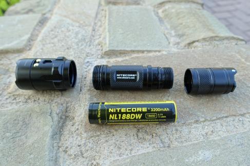 Nitecore R25 Flashlight CivilGear 090