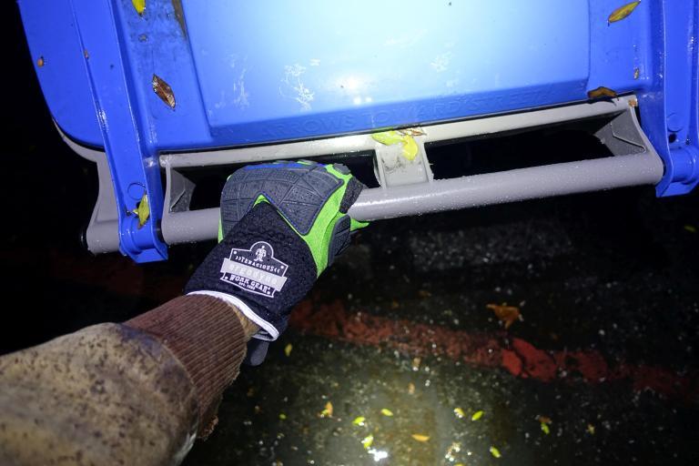 ergodyne-925wp-gloves-civilgear-095