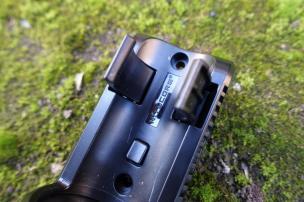 nitecore-r40-flashlight-civilgear-139
