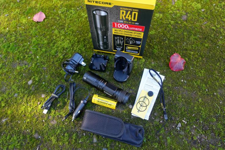 nitecore-r40-flashlight-civilgear-240