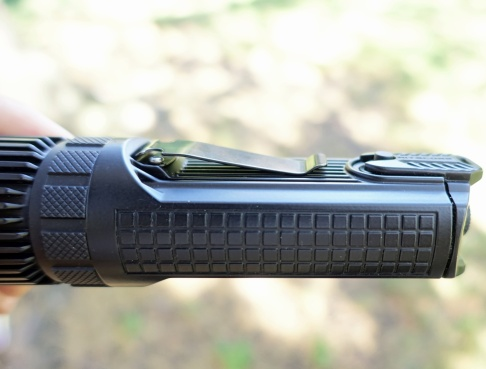 Nitecore SRT9 Flashlight Review CivilGear 034