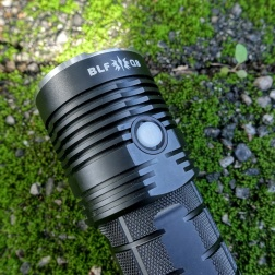 BLF Q8 Flashlight Review CivilGear 009