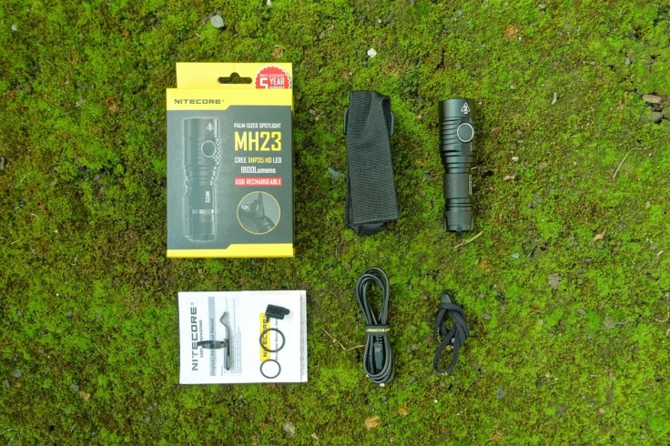 Nitecore MH23 Flashlight Review CivilGear 021