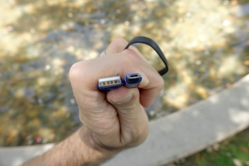 Olight i1R Keychain Light Review CivilGear 006