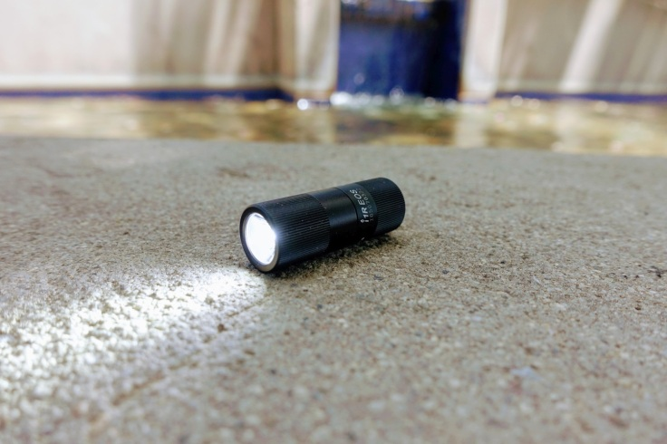 Olight i1R Keychain Light Review CivilGear 013